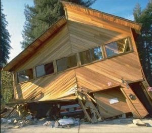 House Bolting strengthens a homes foundation, keeping it stronger during an earthquake.